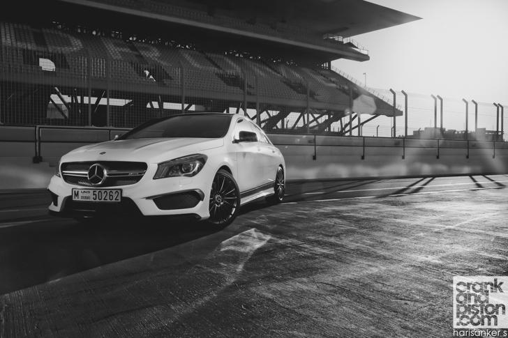Mercedes-Benz CLA 45 AMG-08