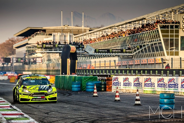 Valentino Rossi 2015 Monza Rally Show MCH Photo-19