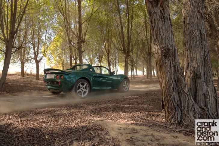 Lotus Elise 111S. Journals (December)-01