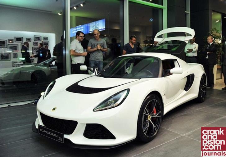 Lotus Elise 111S. Journals (November)-03