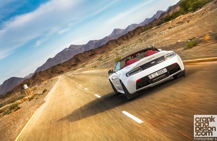 Aston Martin V12 Vantage S Roadster crankandpiston-6