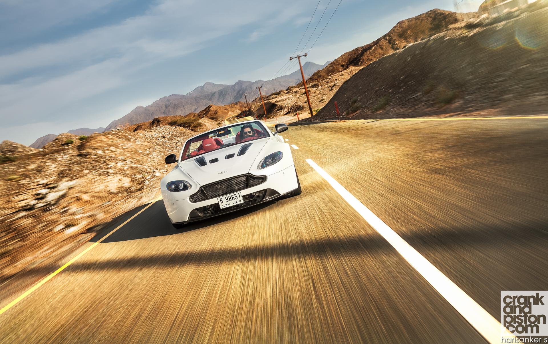 Aston Martin V12 Vantage S Roadster crankandpiston Wallpapers-3