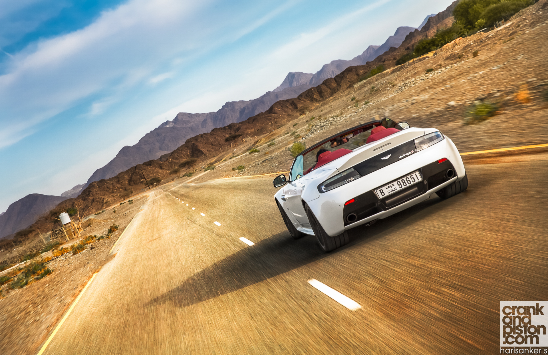 Aston Martin V12 Vantage S Roadster crankandpiston Wallpapers-4