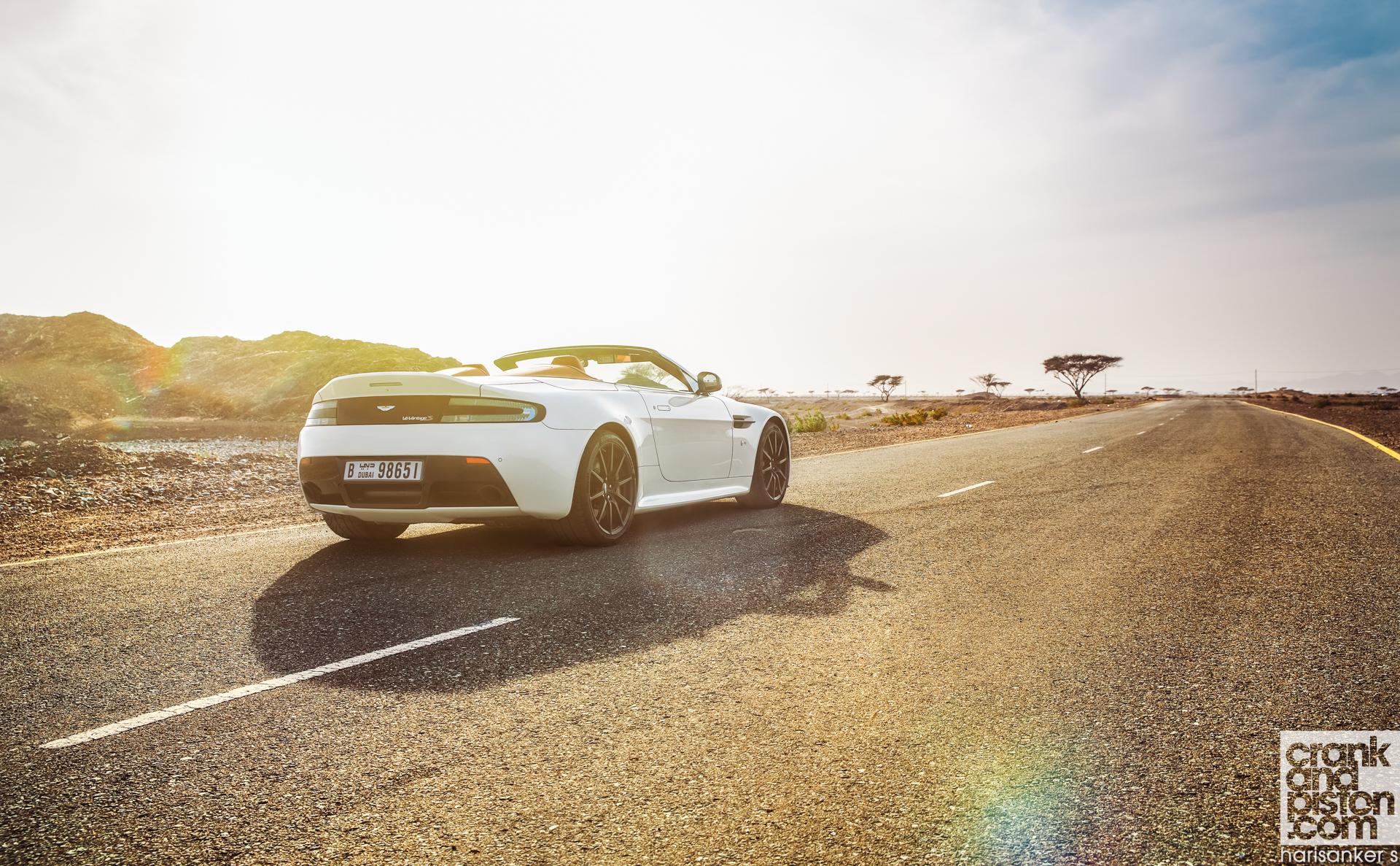 Aston Martin V12 Vantage S Roadster crankandpiston Wallpapers-6