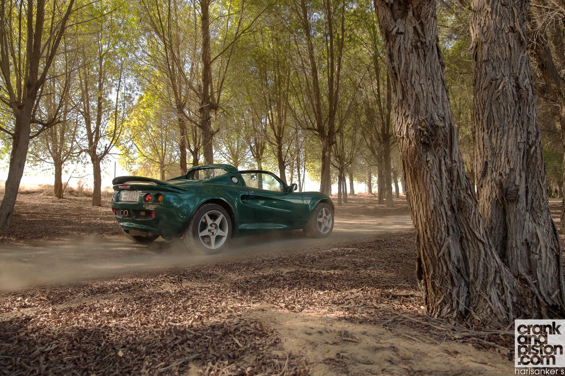 Lotus Elise 111s Vs Lotus Exige S Roadster Crankandpiston Wallpapers