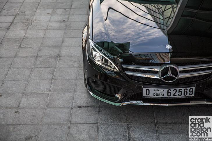 Mercedes-Benz-C250-10