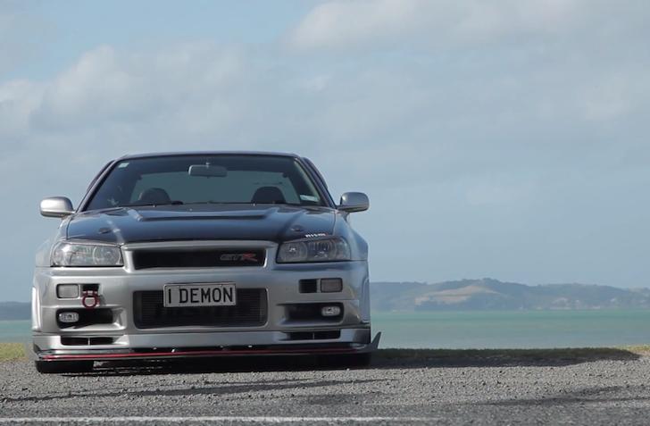 1000hp I-DEMON R34 Skyline GTR Smoking Tire 01