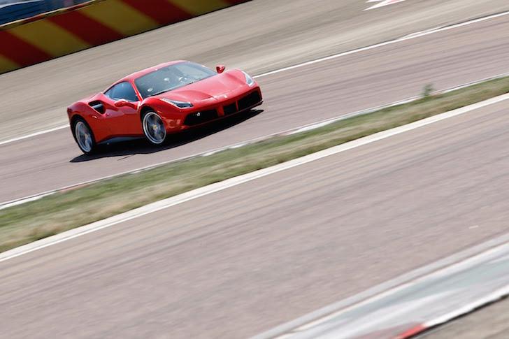 Chris Harris Ferrari 488 GTB