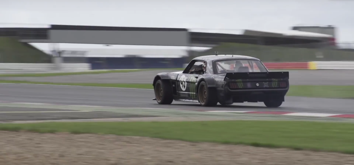 Ken block hoonicorn around silverstone - Hoonicorn specs ...