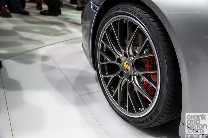 2015 Frankfurt Porsche 911 Carrera-7