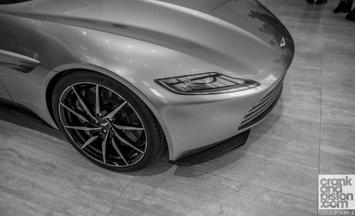 Aston Martin DB10 crankandpiston-48