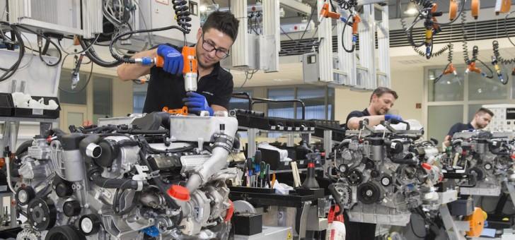 Mercedes to build more V12 engines