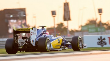 2015 Abu Dhabi Grand Prix crankandpiston-34