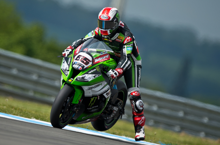Jonathan Rea Kawasaki Racing Team 02