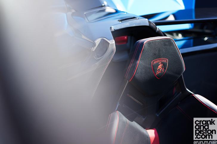 Lamborghini Aventador SV Roadster crankandpiston-5