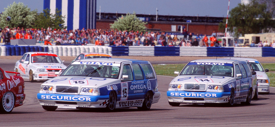 Throwback Thursday Volvo 850 T5 R Racing Around The Estate