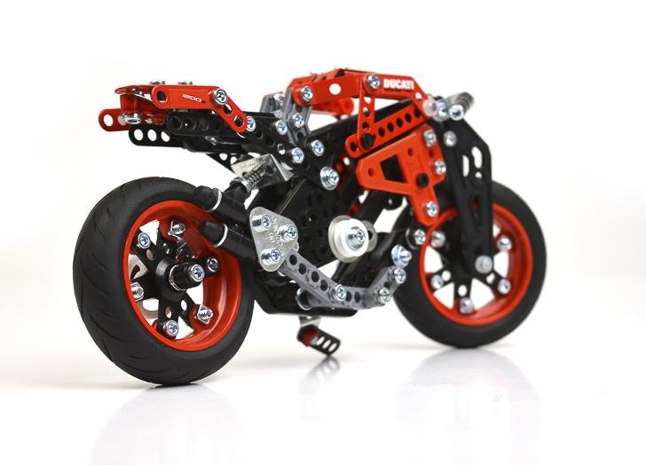 Meccano Ducati-3