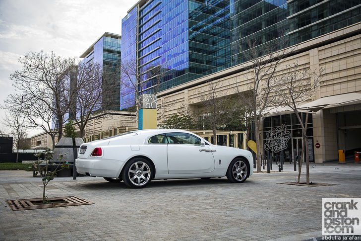 Rolls-Royce Wraith Inspired by Fashion-16
