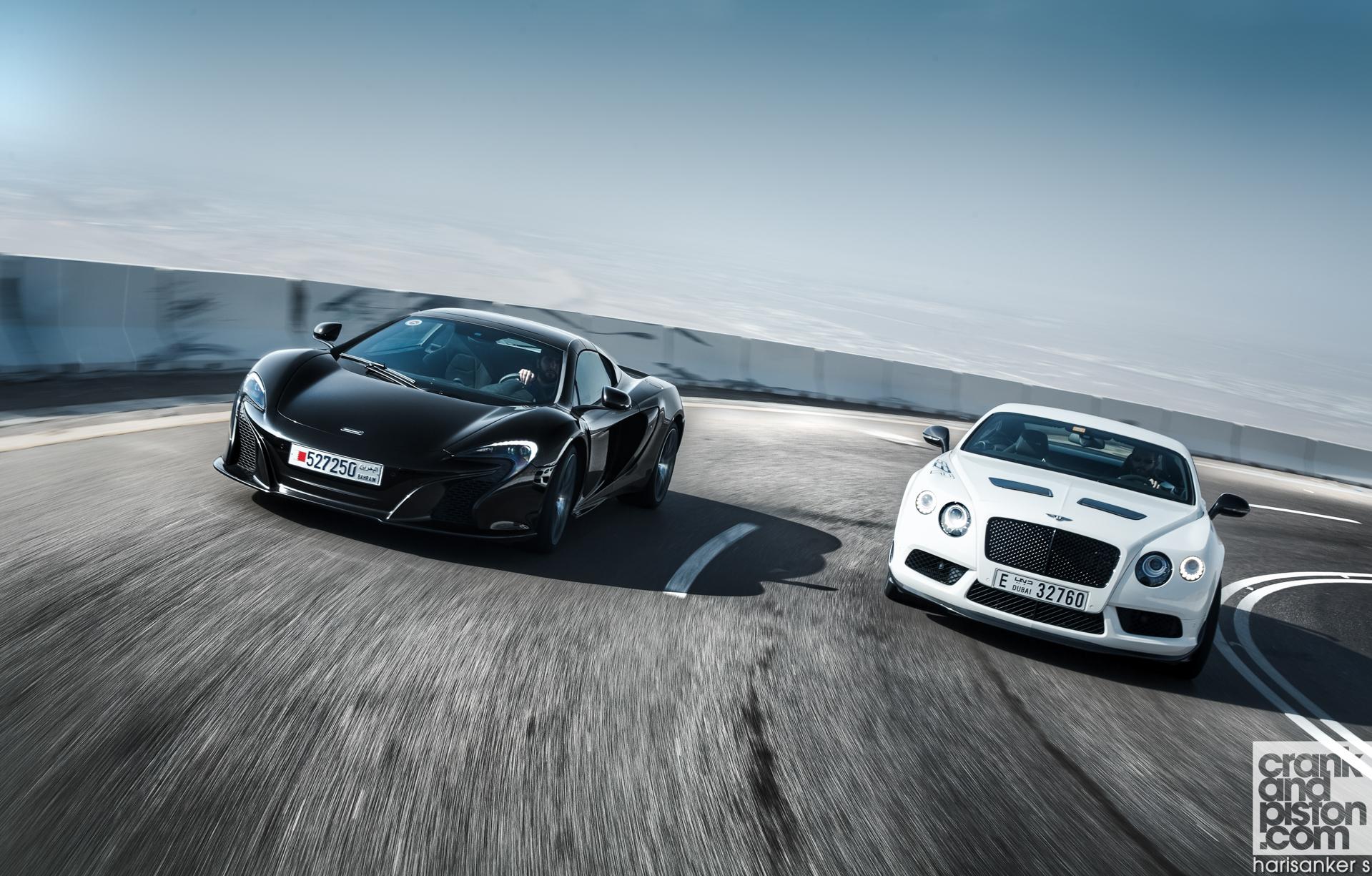 Bentley-Continental-GT3-R-vs-McLaren-650S-Spider-Wallpapers-5