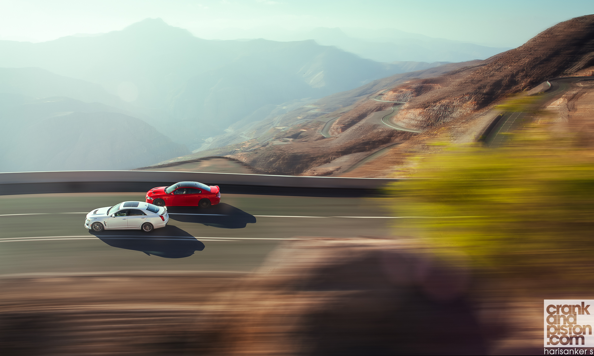 Cadillac CTS-V vs Dodge Charger SRT Hellcat WALLPAPERS crankandpiston-3