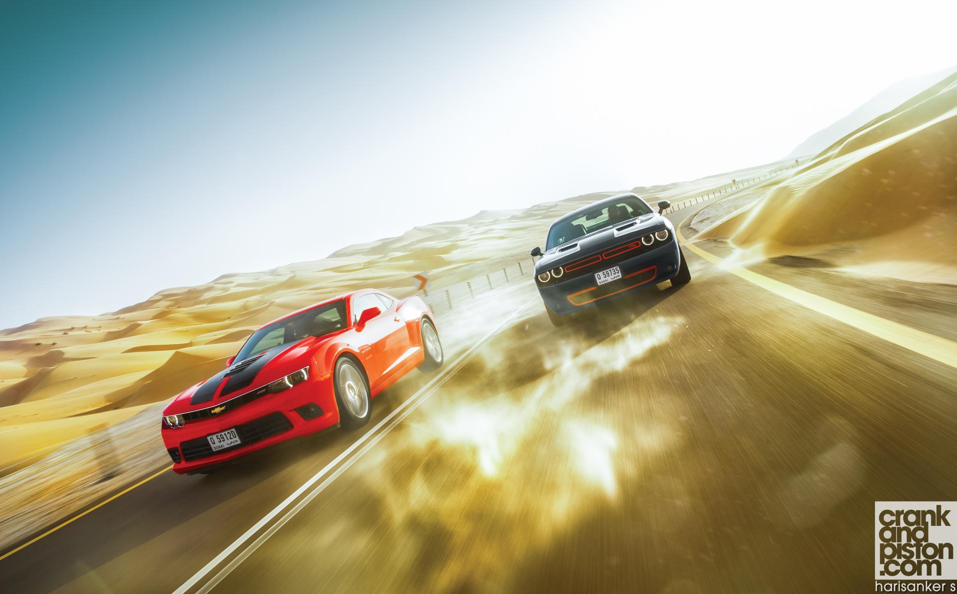 Ford-Mustang-v-Dodge-Challenger-R-T-v-Chevrolet-Camaro-SS-Wallpapers-3