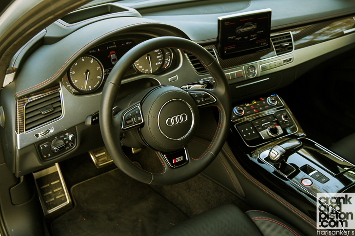 Audi S8 Plus crankandpiston-7