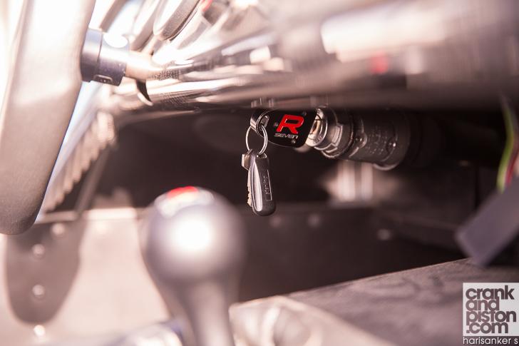 Caterham 270R crankandpiston-21
