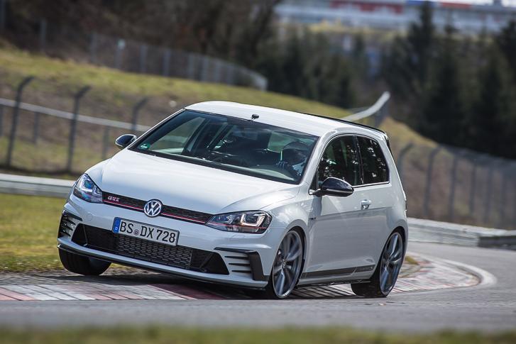 Volkswagen Golf GTI Clubsport S Nurburgring-5