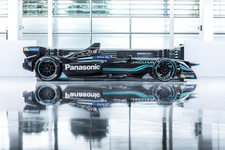 Formula E Jaguar I-TYPE 1-7