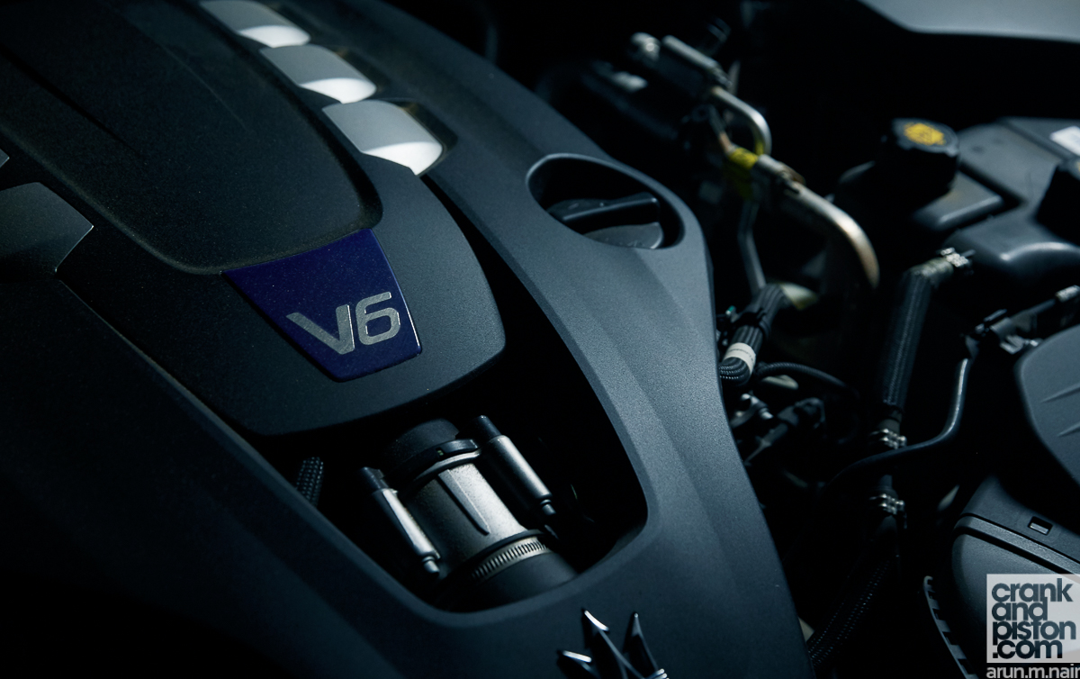 Maserati Levante S vs Porsche Cayenne GTS vs BMW X6 crankandpiston-16
