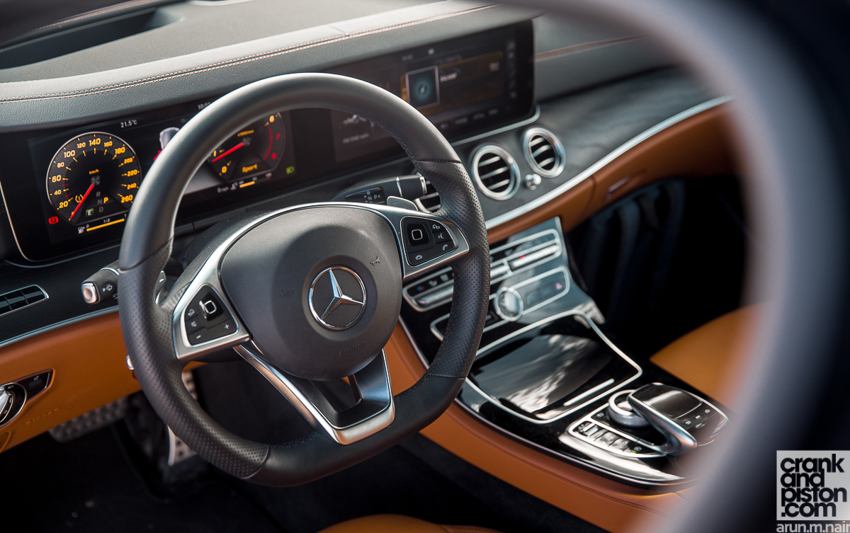 Mercedes-Benz E200 crankandpiston-17