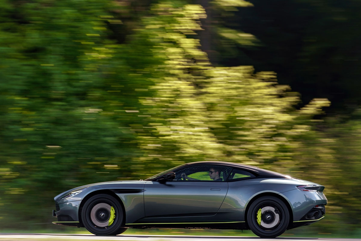 2018 Aston Martin DB11 AMR review-9