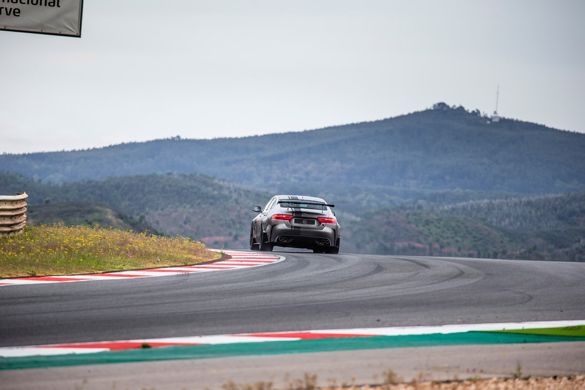 2018 Jaguar XE SV Project 8 review-11