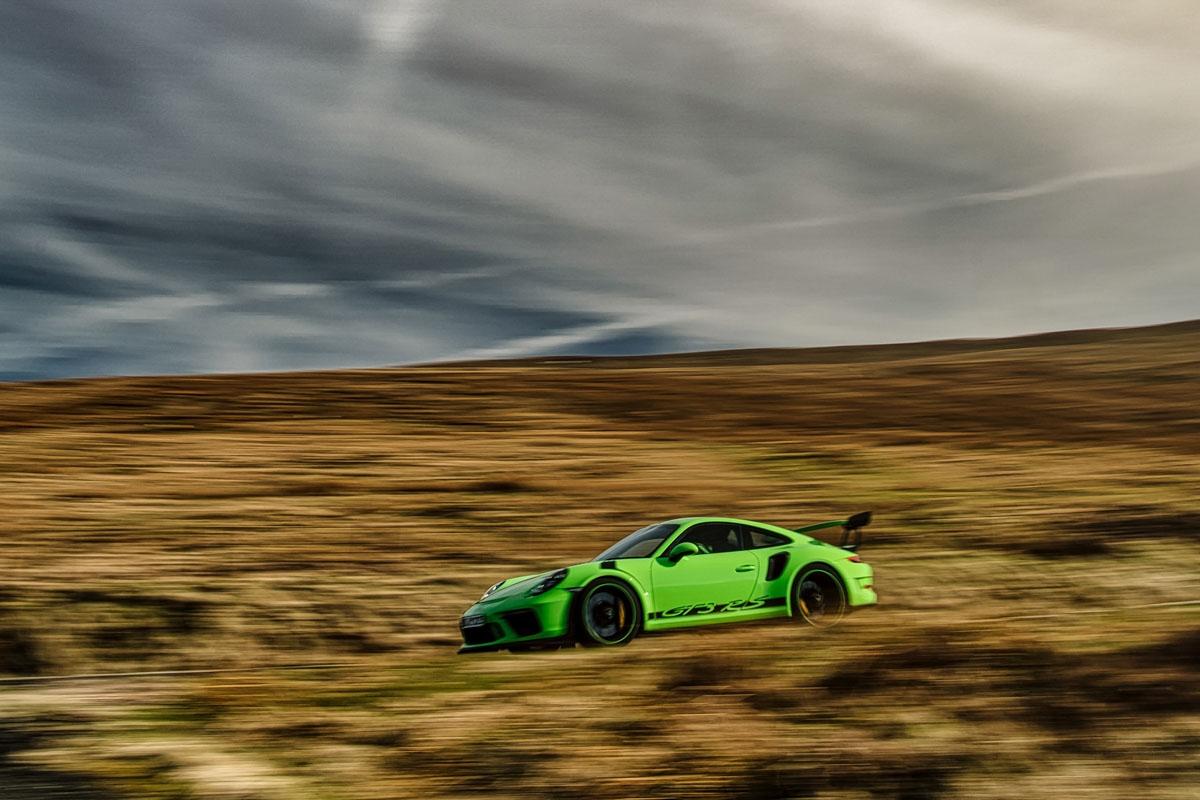 2018 Porsche 911 GT3 RS-11