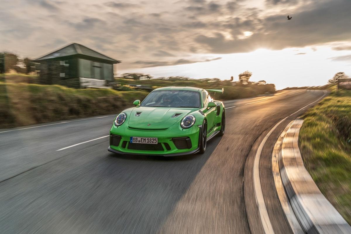 2018 Porsche 911 GT3 RS-13