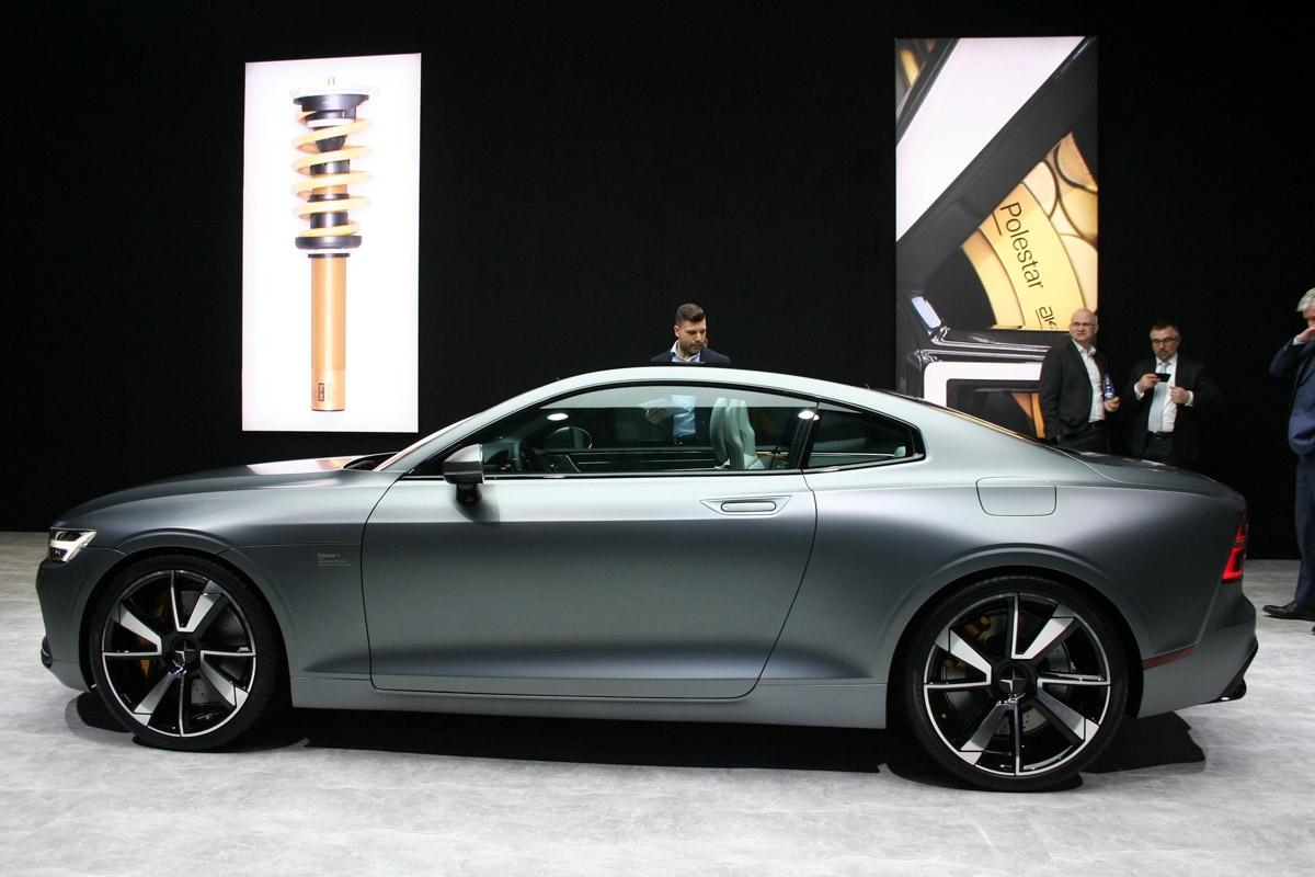 bentleybentaygadiesel review luxury reviews days new five the of with suv bentayga diesel bentley car cost