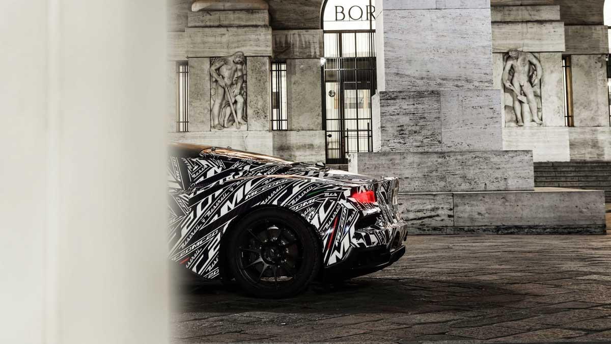 2020-Maserati-MC20-2