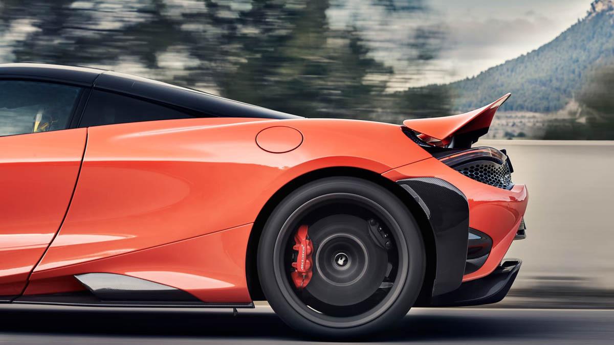 2020-McLaren-765LT-10