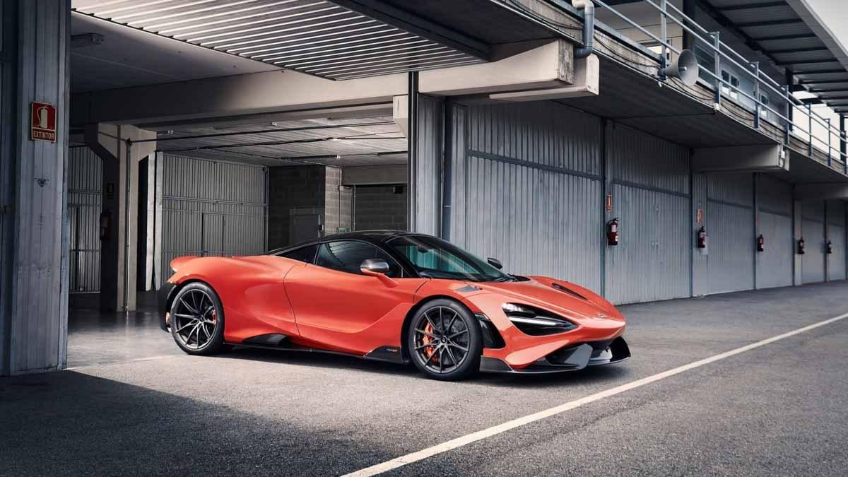 2020-McLaren-765LT-3