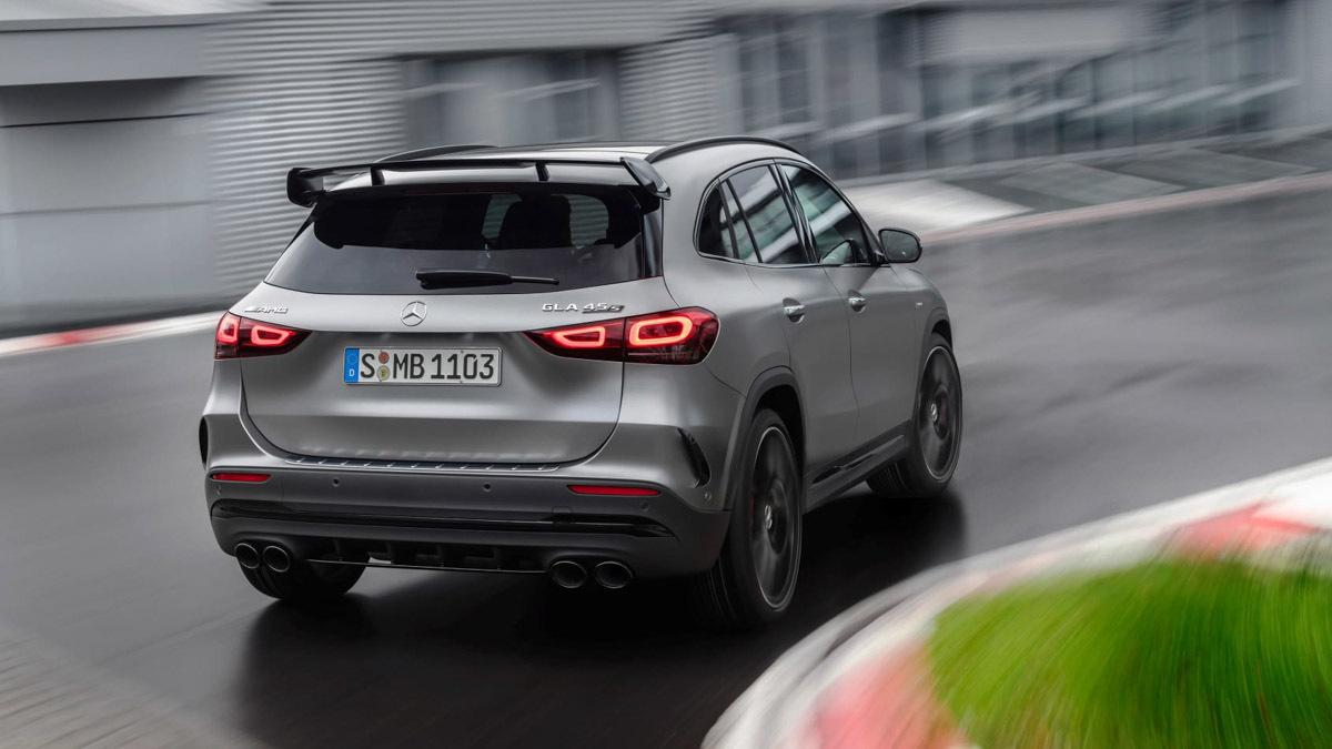2020-Mercedes-AMG-GLA45-2