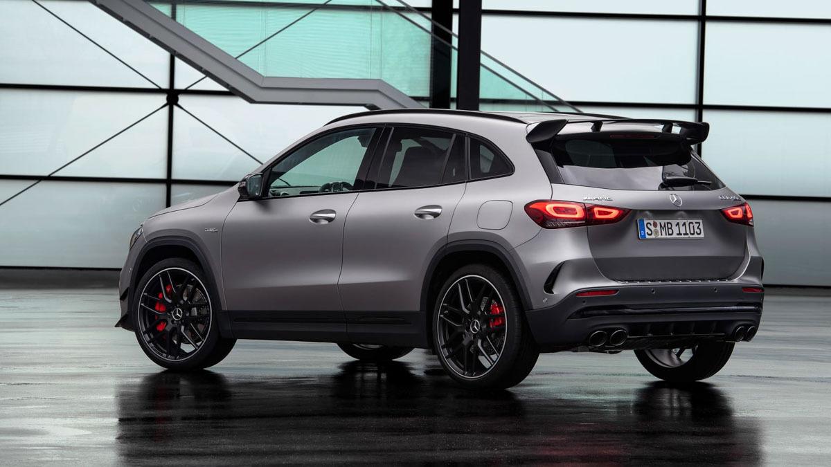 2020-Mercedes-AMG-GLA45-5