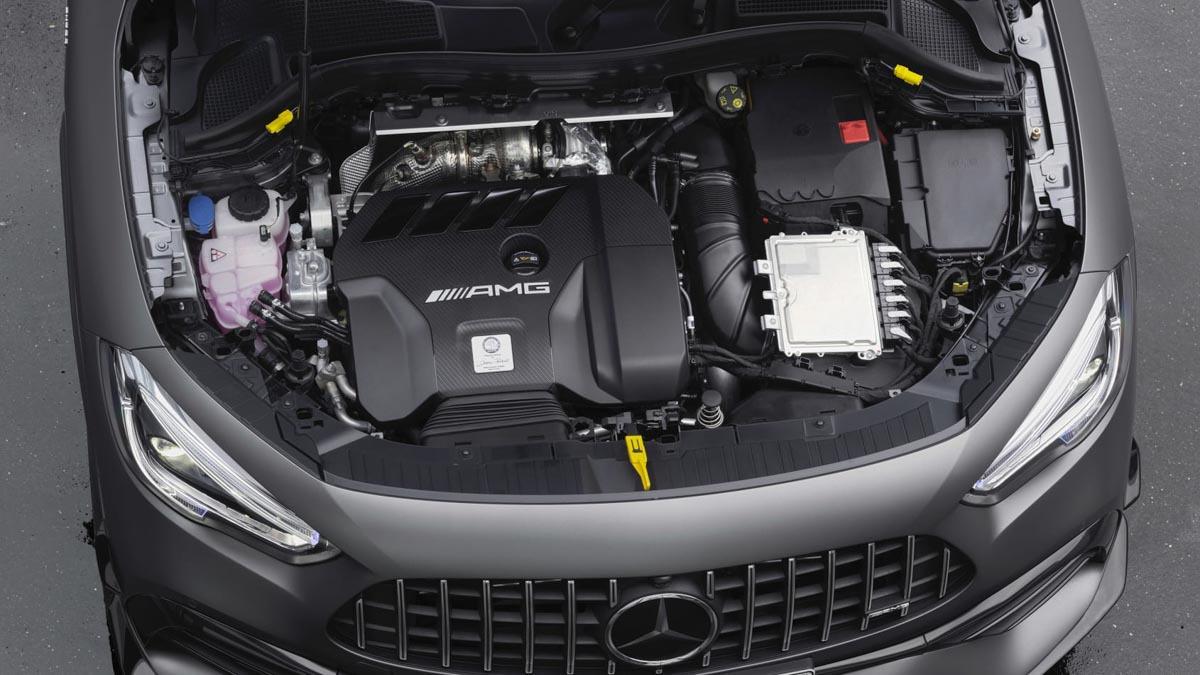 2020-Mercedes-AMG-GLA45-7