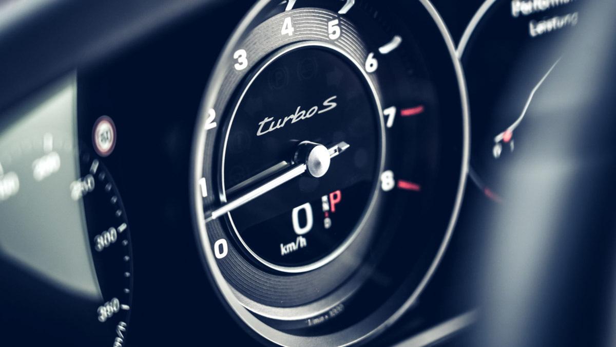 2020-Porsche-911-Turbo-S-9