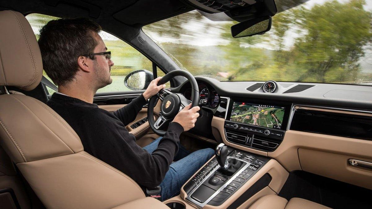 Porsche-Macan-Turbo-review-3