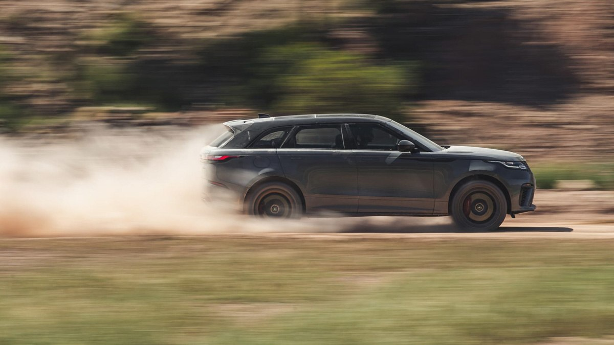 2020-Range-Rover-Velar-SVAutobiography-Dynamic-2