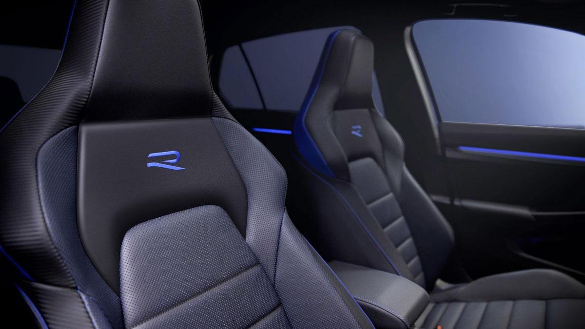 2020-Volkswagen-Golf-R-4