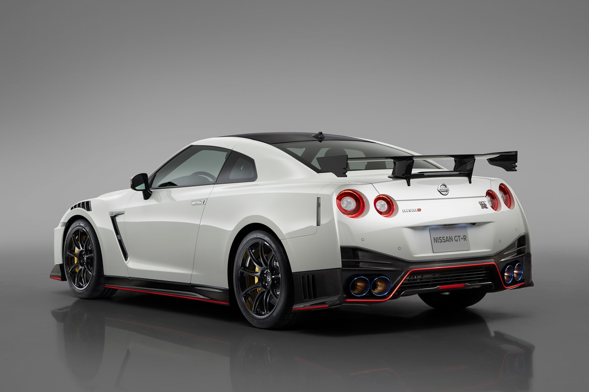 2020MY-Nissan-GT-R-Nismo-revealed-2