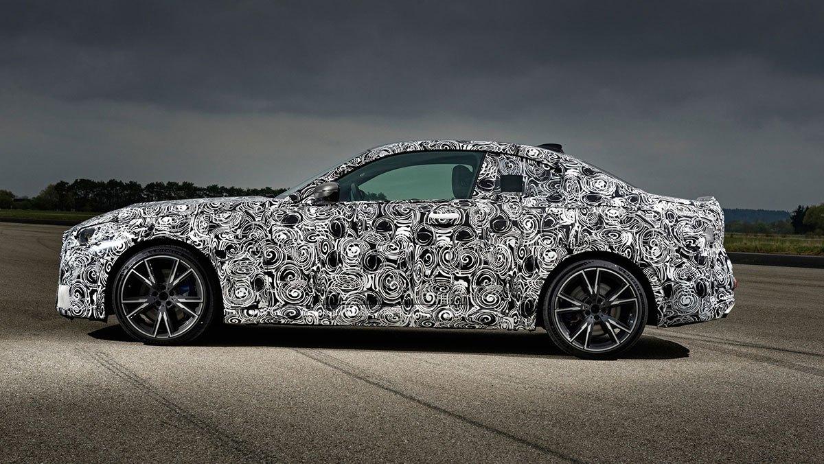 2021-BMW-2-series-3