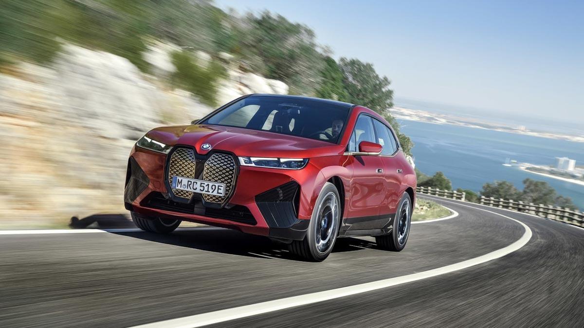 2021-BMW-iX-9