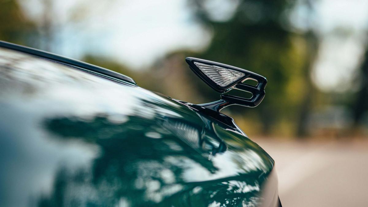Bentley-Flying-Spur-Hybrid-4
